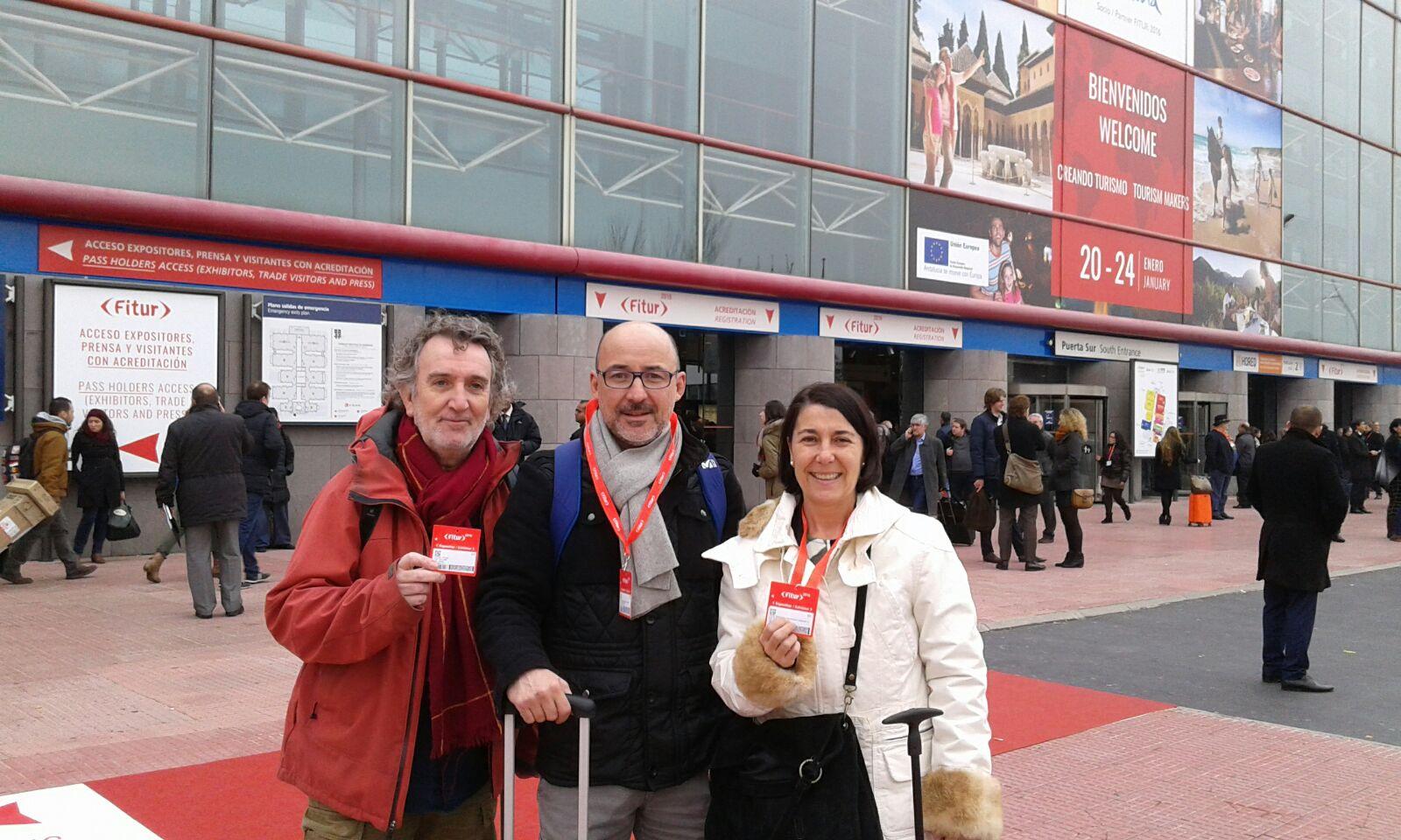 Joan, Ana y Àlex a su llegada a la feria Fitur 2016
