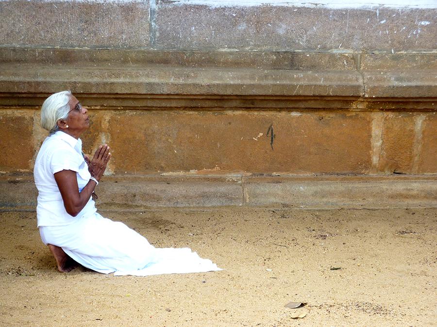 La espiritualidad en Sri Lanka | Foto © Joan Bartomeu
