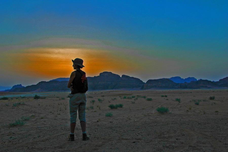 Puesta de sol en Wadi Rum, Jordania. Viatges Tuareg. Foto por Carme Munté
