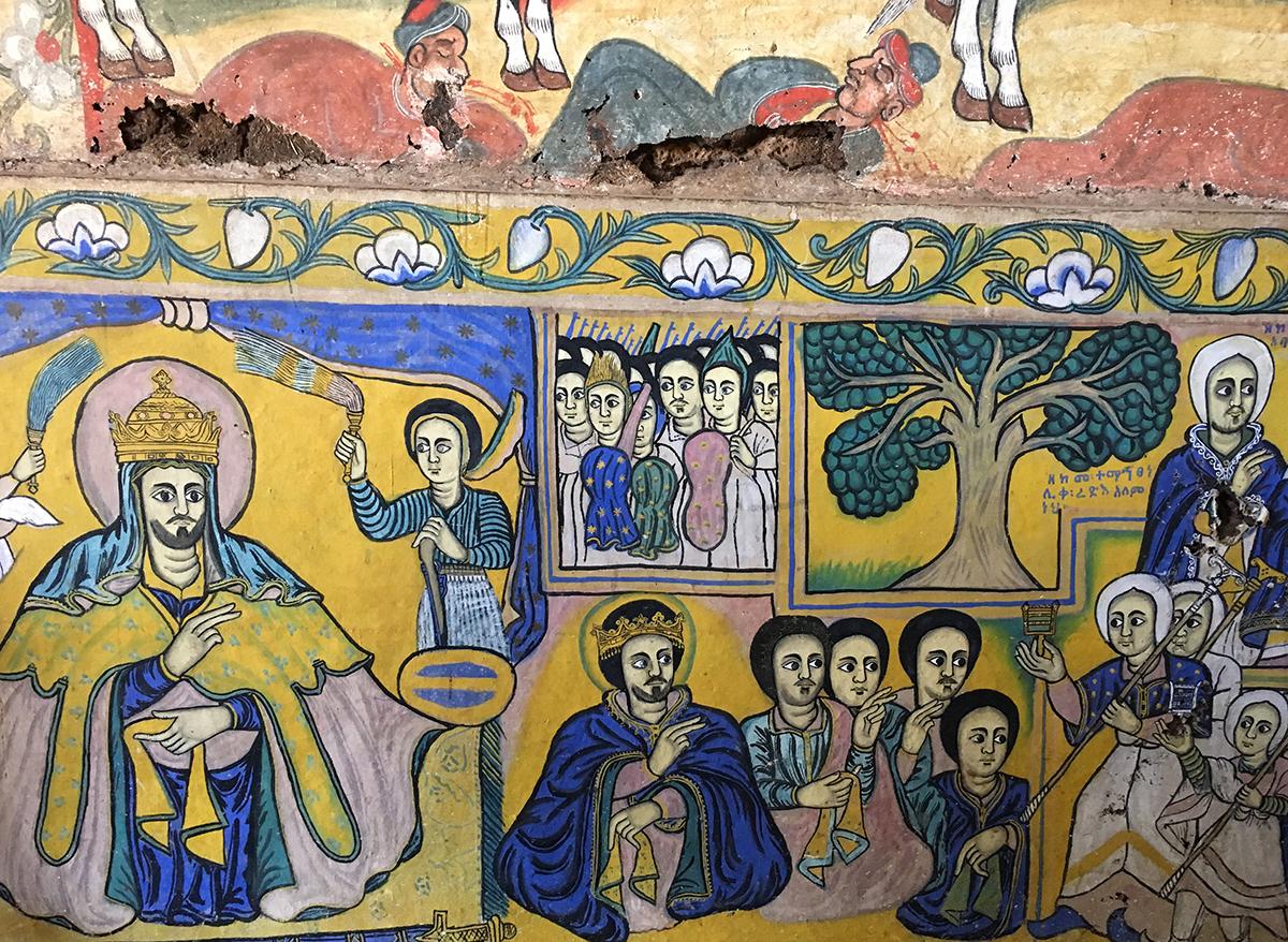 Pinturas en iglesia de la Península Zeghié | Foto © Xavier Mazcaray