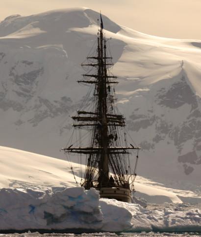 <div>Mario Cubeles nos cuenta en imágenes su viaje a la Antártida en el bergantín Europa. A bordo la ... <br> <a class='vermellteula'>Seguir leyendo >>></a>