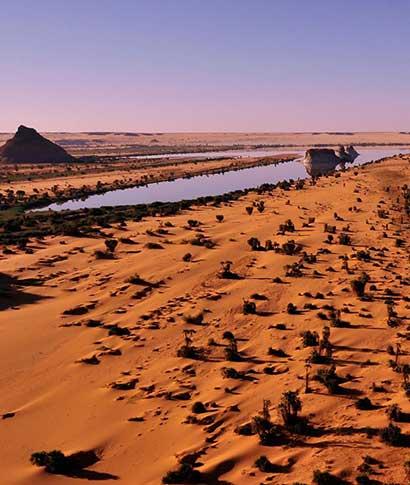 Los últimos cocodrilos del Sáhara, las planicies del Ennedi o los lagos de Ounianga son algunos de los ... <br> <a class='vermellteula'>Seguir leyendo >>></a>