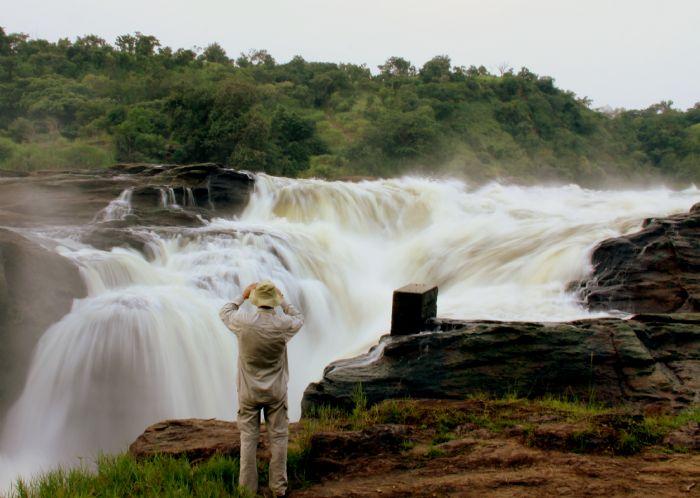 fotos del viaje a Uganda y Rwanda La perla de África, colinas de Rwanda, lago Kivu y volcán Nyiragongo  autor:Emilio Ayats