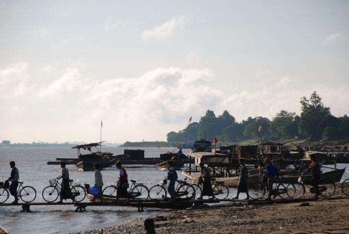 fotos del viaje a Myanmar  Año nuevo en Bagan, Yangon, Mandalay, Inle y minorías Kayah II autor:Montse Arbos