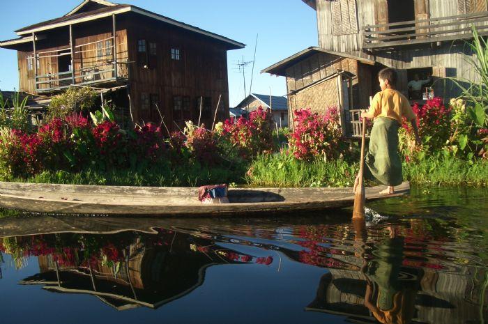 fotos del viaje a Myanmar  Año nuevo en Bagan, Yangon, Mandalay, Inle y minorías Kayah II autor:Lluis Guzman