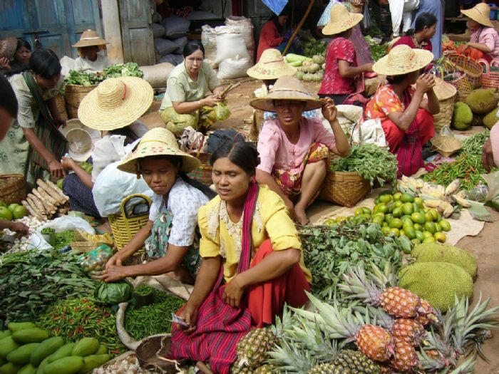 fotos del viaje a Myanmar  Año nuevo en Bagan, Yangon, Mandalay, Inle y minorías Kayah II autor:A. Minguella