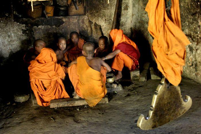 fotos del viaje a Myanmar  Año nuevo en Bagan, Yangon, Mandalay, Inle y minorías Kayah II autor:Ana Maria Del Pino