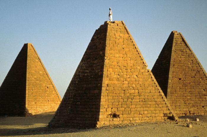 fotos del viaje a Sudán Los Faraones Negros. Ruta arqueológica y poblados nubios. autor:
