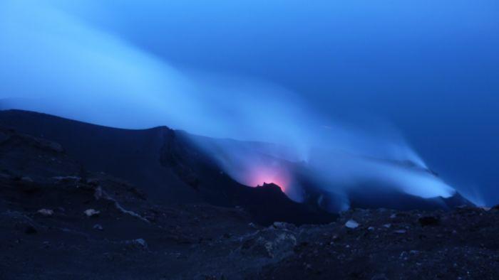 Senderismo en los volcanes de Sicilia e Islas Eolias - Autor Assumpta Gonzalez
