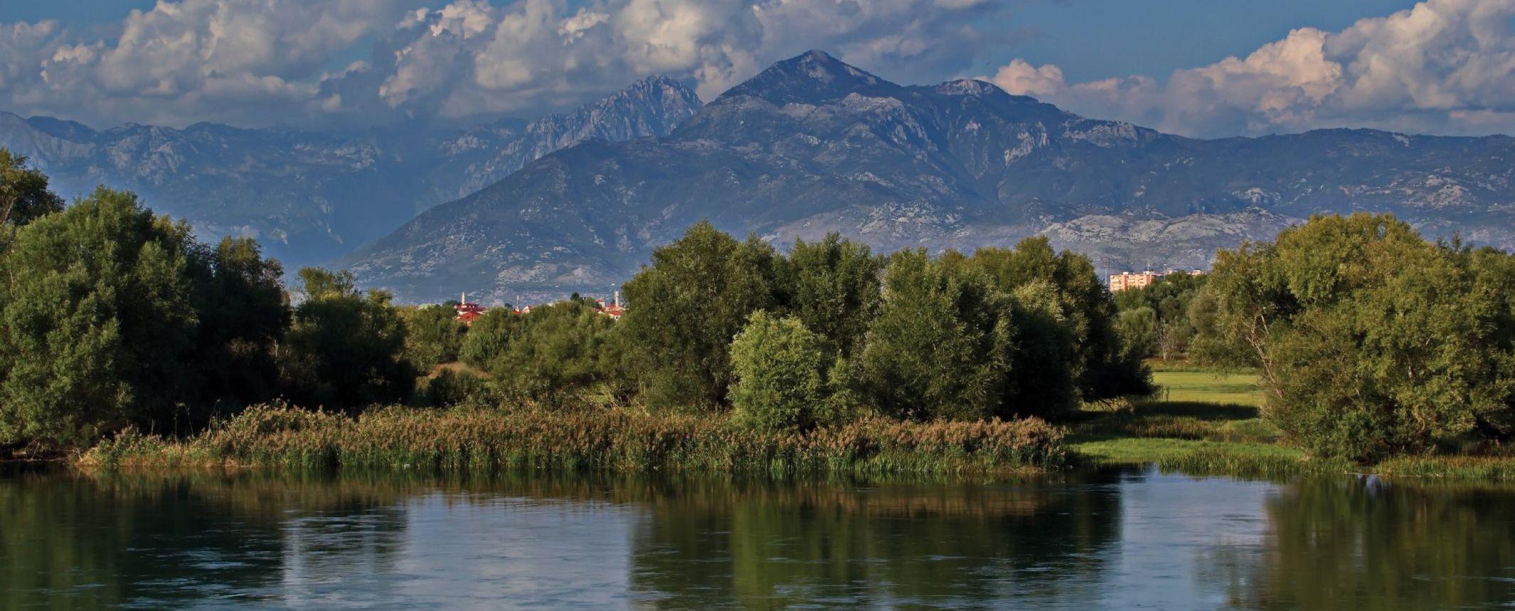 Albania y Macedonia - Los desconocidos valles del norte, la Albania clásica y Macedonia