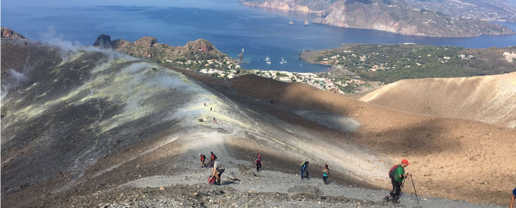 Autor foto: Montse Arbos - Senderismo en los volcanes de Sicilia e Islas Eolias