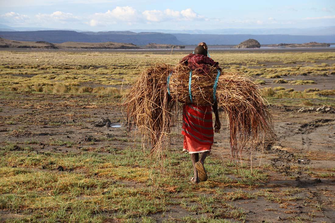 Masai en las cercanías del Lago Natron | Foto © Laura Esteve