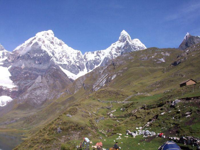 Viaje a Perú Trekking Cordillera Huayhuash. Autor Ramon Puig