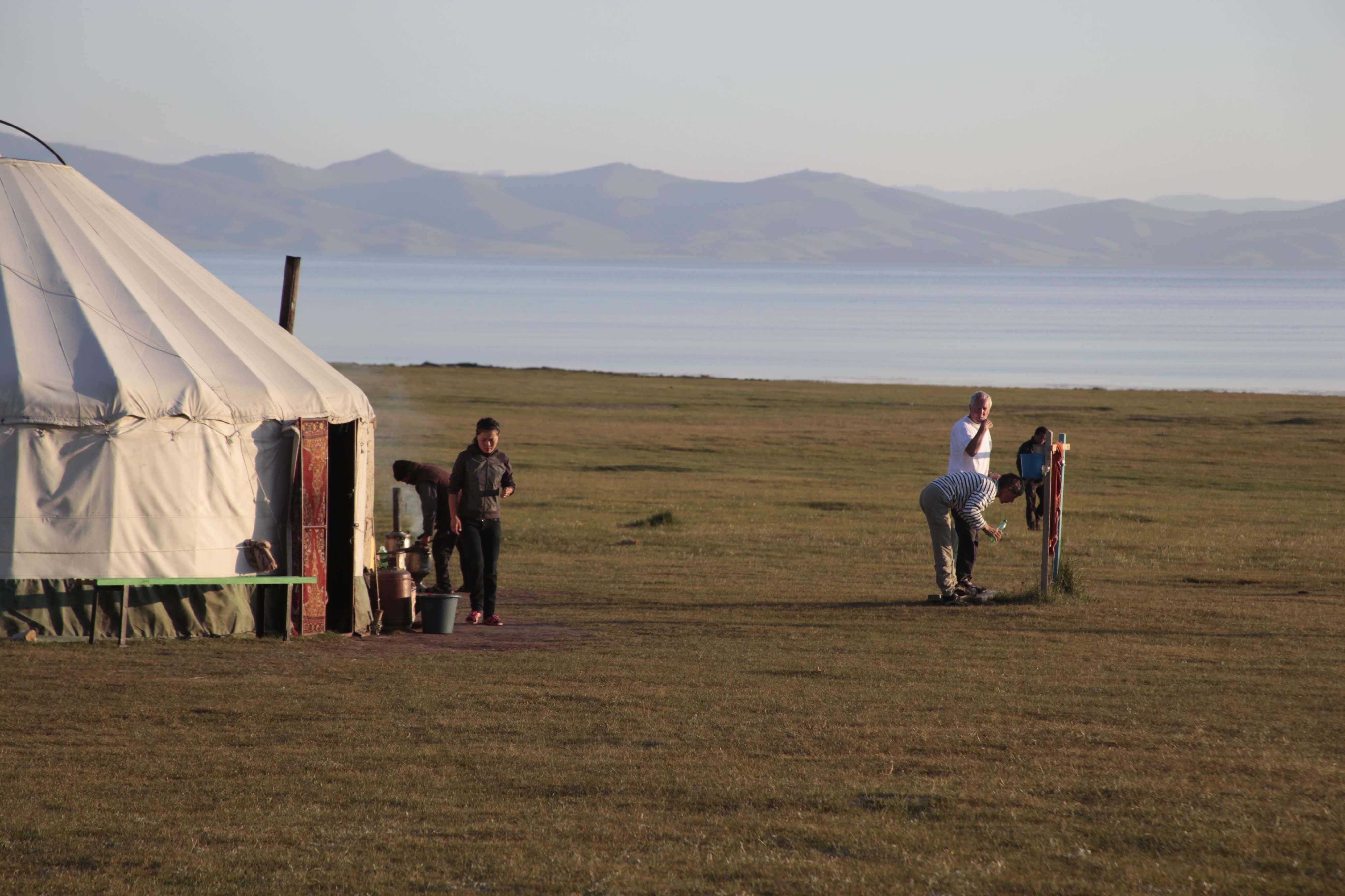 Cruzando las tierras altas de Kirguistán : Autor foto: Ak Sai