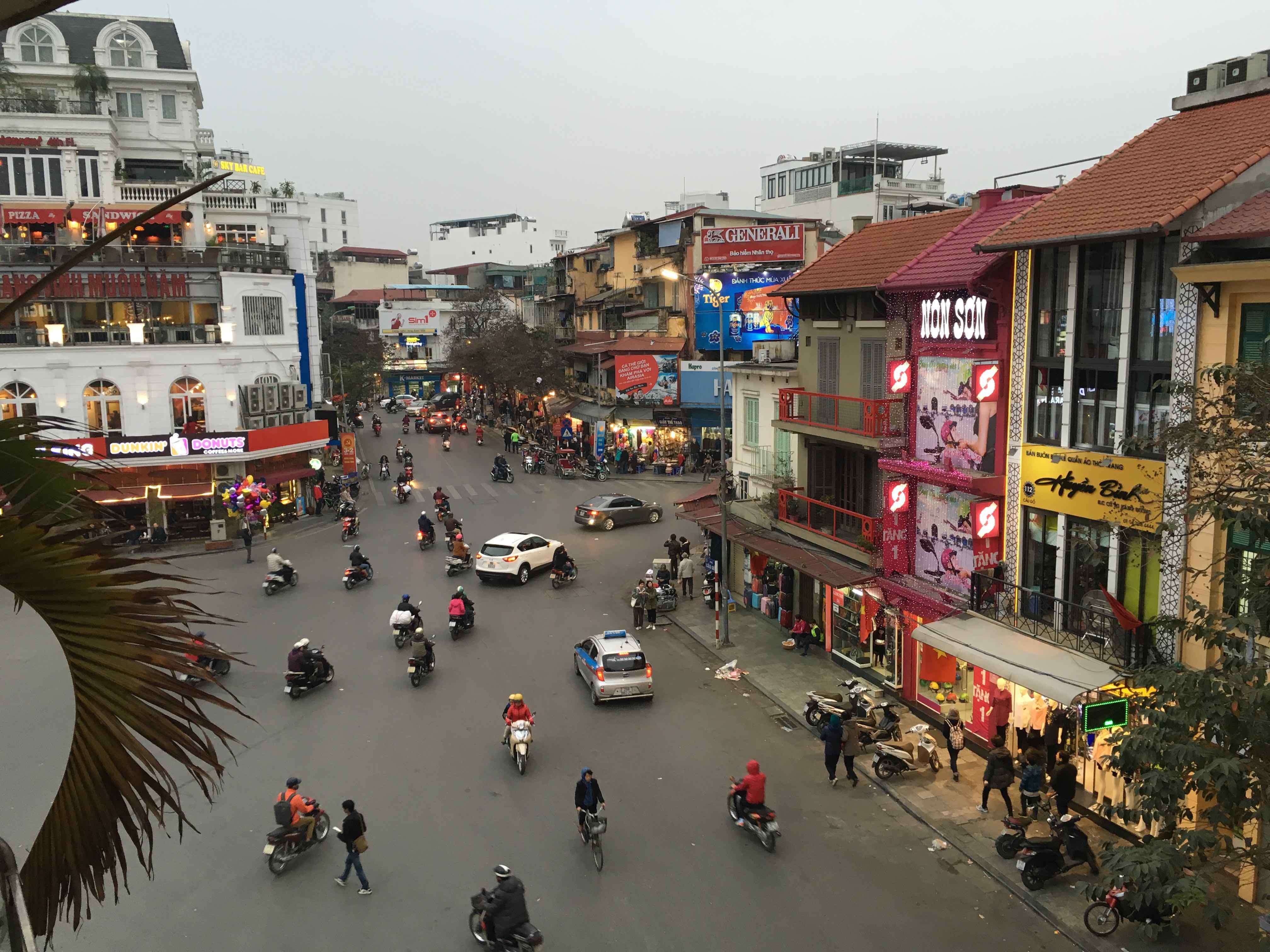 Viaje a VIetnam Hanoi. Pere Mongay