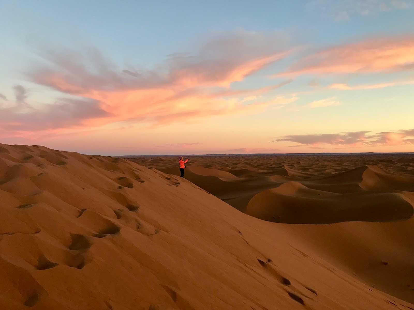 PAISAJES DE DUNAS INFINITAS Fotografía de Aleix Giralt efectuada en el viaje a Marruecos