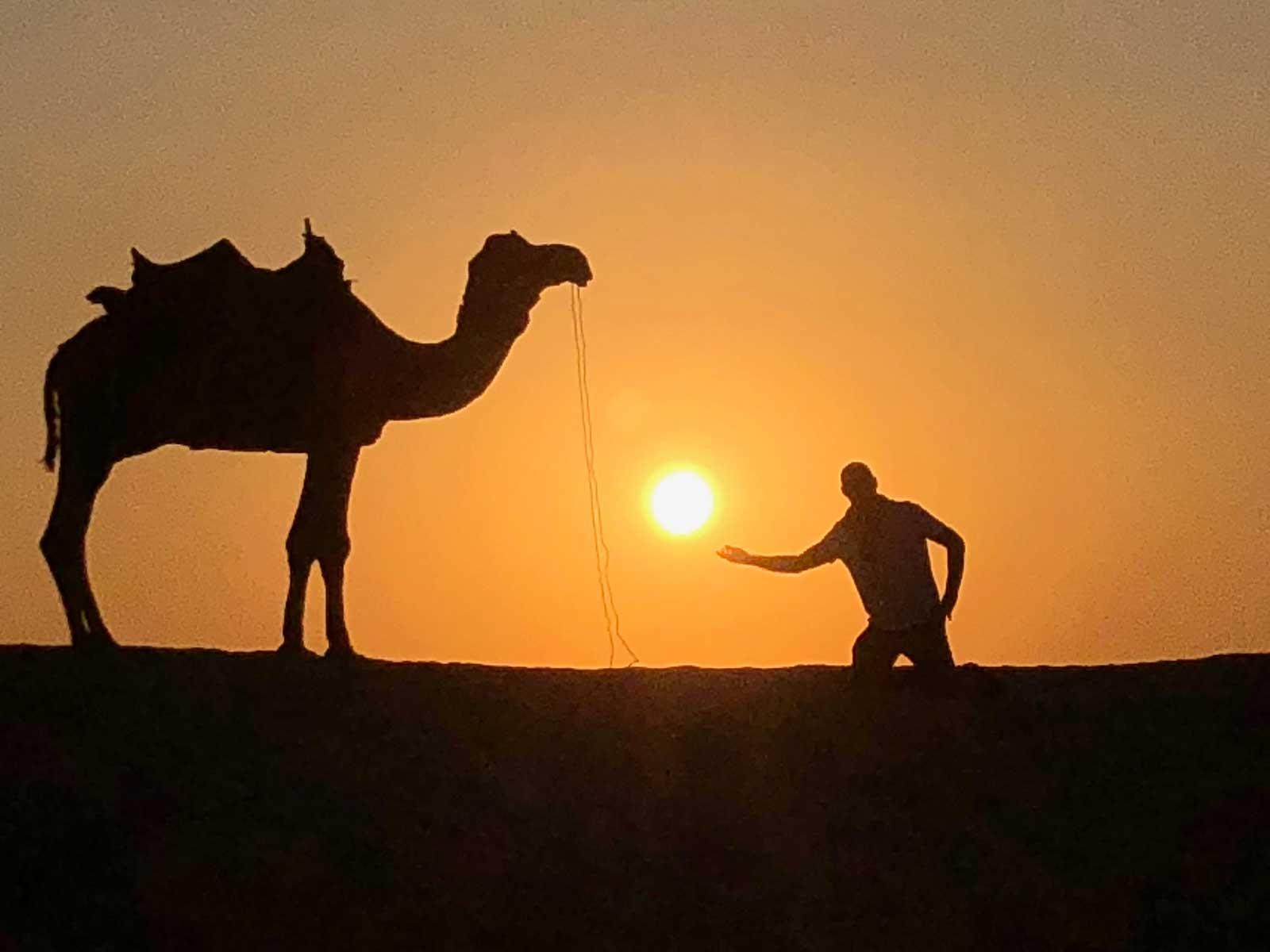 PUESTAS DE SOL INCREIBLES Puesta de sol en Argelia Foto Archivo Tuareg