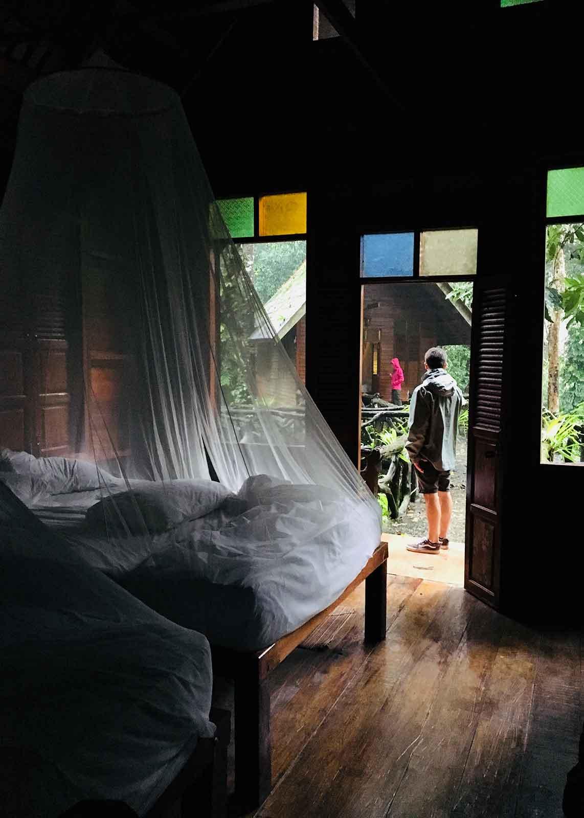 Alojamientos durante el trekking en Tailandia - Autor Cesc Casanovas