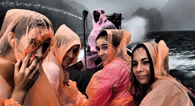 Viaje a Tailandia. Lluvia en Khao Sok - Autor Jordi Casanova