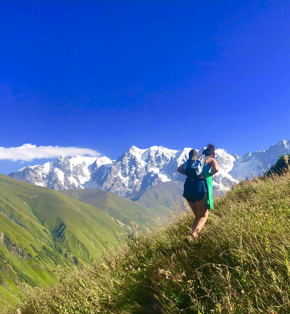 viajar en julio Georgia trekking