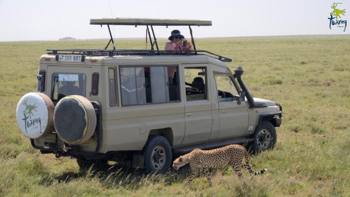 SAFARI CON NINOS EN TANZANIA